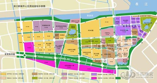 滨江新城与常熟主城区以一条18公里的通港路相连,区域内滨江新城与40平方公里的常熟经济开发区沿江工业区、浒浦、碧溪、吴市、东张4个集镇有机结合成一个综合发展区域,滨江新城中心区域内已构建成以江南大道、江浦路、扬子江大道、虹桥路、望江大道等为主干道的较为完善的道路和公共交通体系。