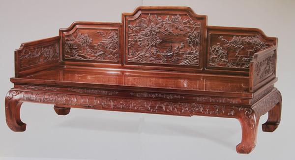 中国生漆在现代红木工艺家具上起到重要的作用