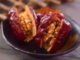 自己做的红枣夹核桃 解决了不爱吃核桃的问题
