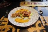 网红食材又爆新吃法!肯德基吮指十三鲜小龙虾堡卷教你吃虾